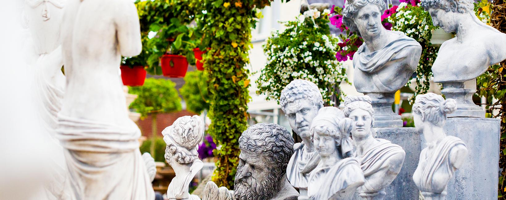 Tuindecoratie, Fonteinen en tuinbeelden Jose