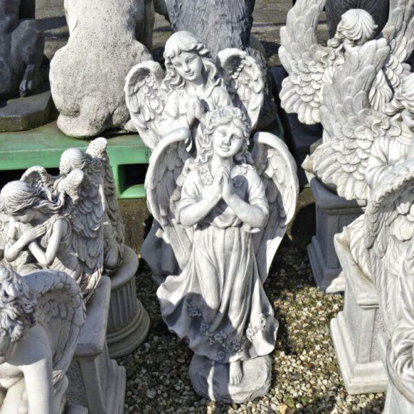 Engel mädchen das betet