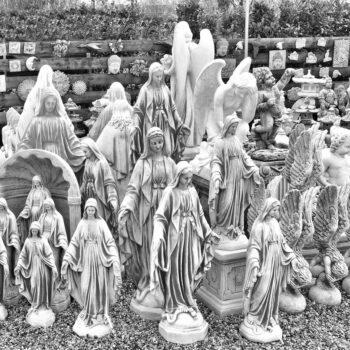 Maria Gartenstatuen in verschiedenen Größen