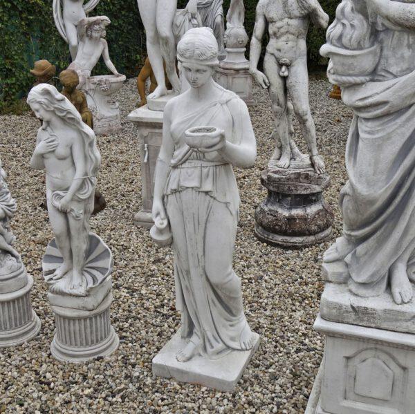 Weibliche Statue Giftmischers