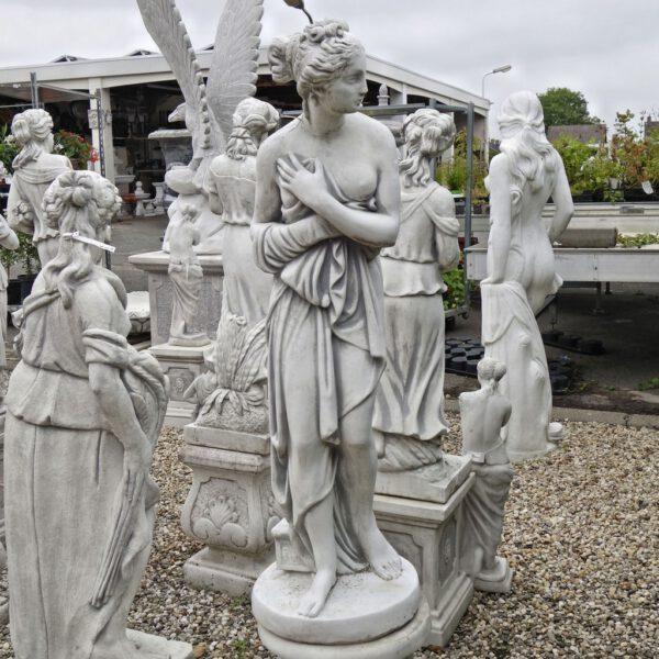 Weibliche Statue der Baadster 117cm
