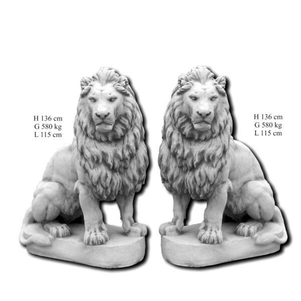 Löwe sitzt 136cm