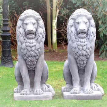 Leeuw zittend 125cm