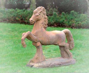 Paard springend klein