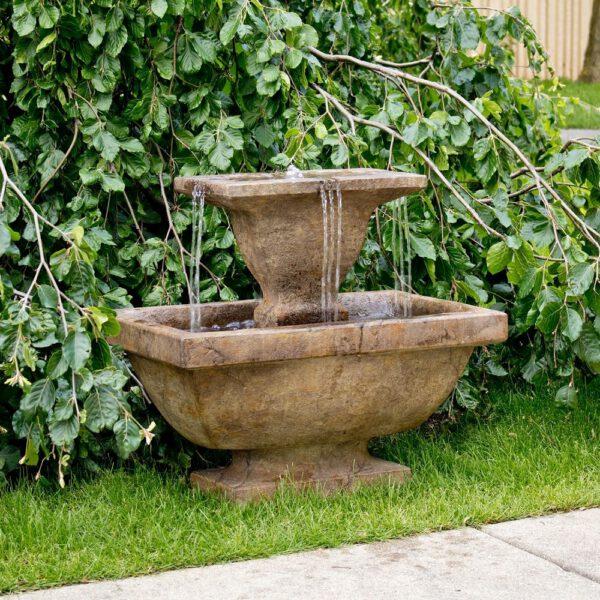 Terrazza Fountain Henri Studio Brunnen