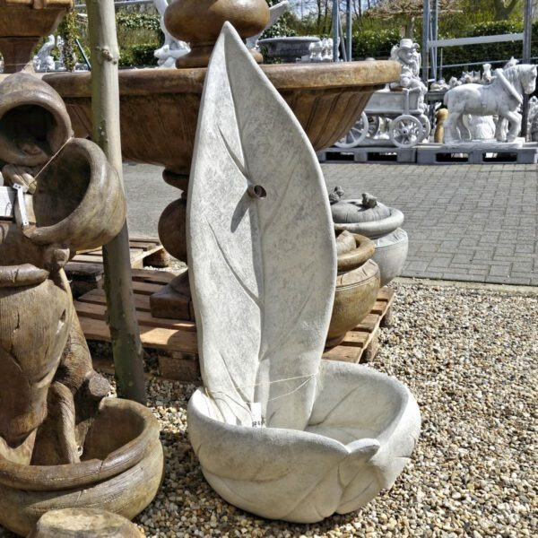 Standing Leaf Fountain