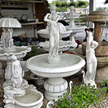 Vrouw met kruik fontein 140cm