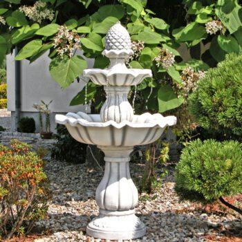 Tannenzapfen Brunnen