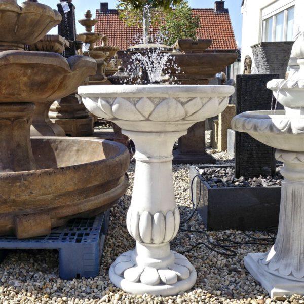 Brunnen Vogelbad
