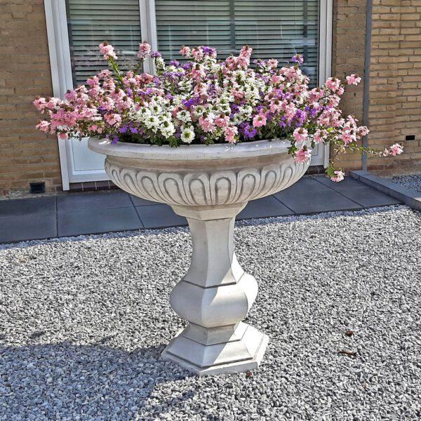 Hoge plantenschaal fonteinbak