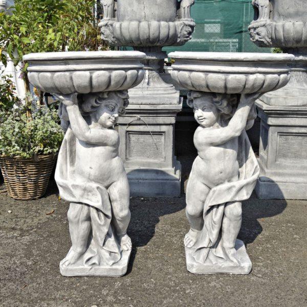 Tuinvaas mannetje met schaal